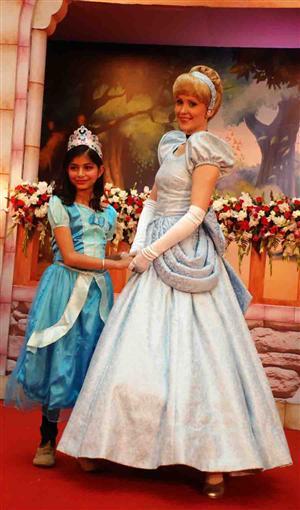 Disney princess academy mesmerizes chandigarh fans at elante mall